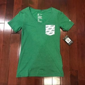 """NWT """"The Nike Tee"""" New York Jets NFL Vneck T-Shirt"""